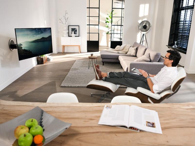 Vogels Next 7355 Elektrische Tv Wandhalterung 65 Zoll Fernsehhalterung
